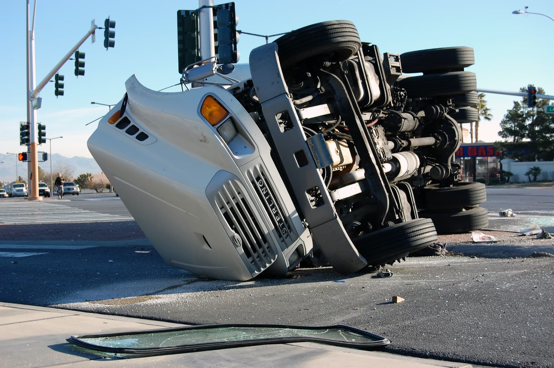 The Basics of the Law Concerning Trucking Accidents